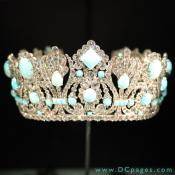 Marie-Louise Diadem - Napoleon I gave this crown to his consort Empress Marie Louise. Set in silver, the 950 diamonds weigh 700 carats. The 79 original emeralds have been replaced with Persian turquoise cabochons.