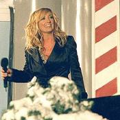 Famous country singer, Lee Ann Womack