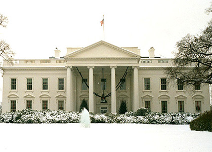 The magnificent White House, covered in snow!
