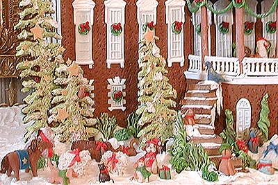 This year's gingerbread White House has the family's pets on the inside and the outside