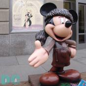 "'Celebrate Mickey: 75 InspEARations' Statue - FrontEAR Tales - From one Disney legend to another, Fess helps celebrate Mickey's anniversary with ""FrontEAR Tales,"" depicting Mickey in Davy Crokett's famous coonskin cap."