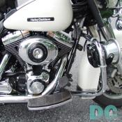 There is a lot of crome on this bike, even its siren has crome on it.